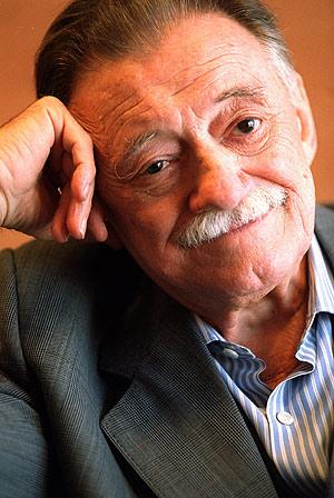 Mario Benedetti.  Poeta uruguayo 1920 -2009