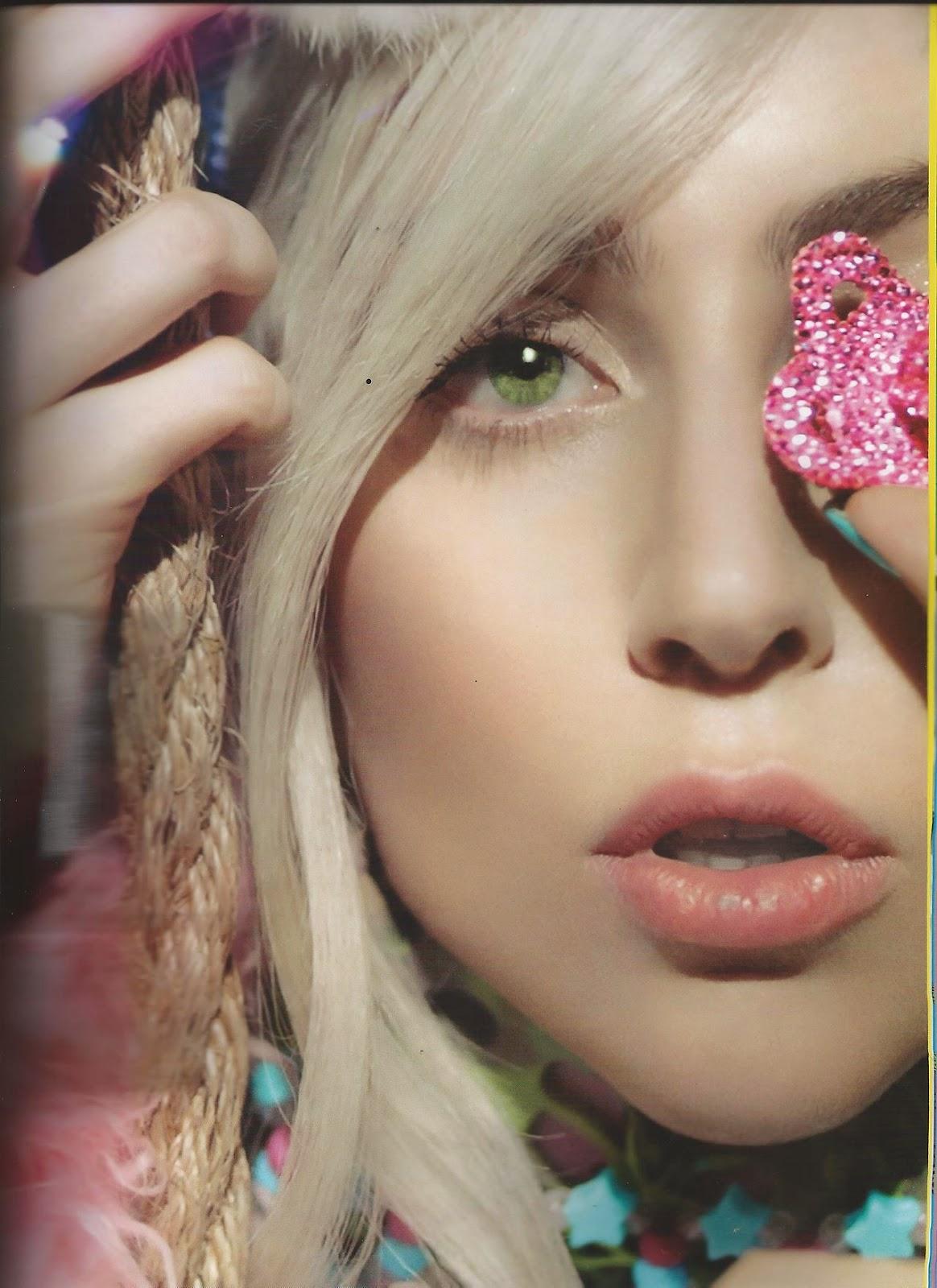 Lady Gaga The Live Fashion Show Book