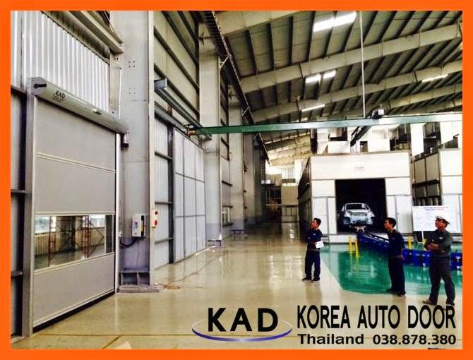 kad high speed door install the door in Thailand factory