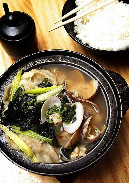 Asari Gyoza Sukiyaki Soup