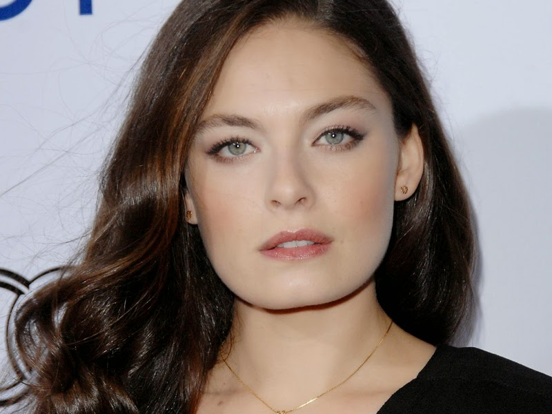 Alexa Davalos se apunta a 'The man in the high castle'