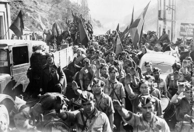 The Spanish Civil War by Hugh Thomas (1977, Hardcover)