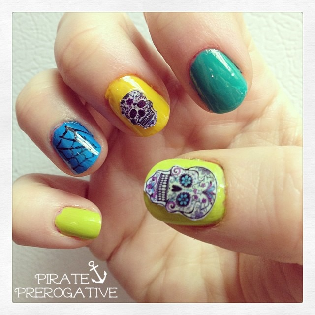 Cinco De Mayo sugar skull nails, totally doable for newbie nail artists.