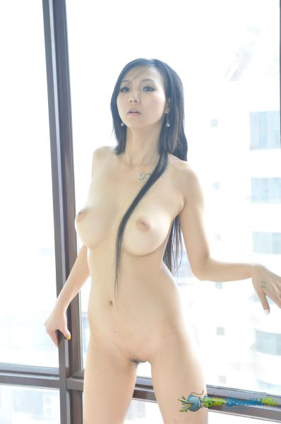 Chinese Big tits model YiYi Naked Photo Album- Yi Yi  