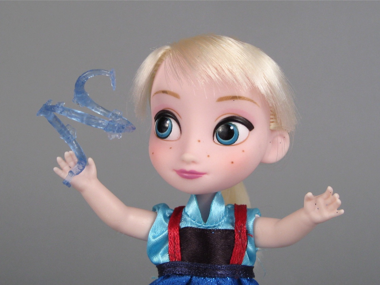 Disney Animators' Mini Elsa