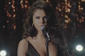 Selena Gomez lança Same Old Love