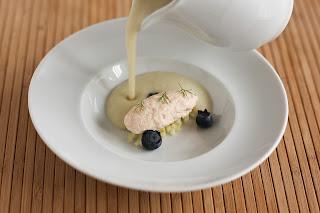 hal szaibling pisztráng galuska mousseline édesköménygumó krémleves leves ánizskapor áfonya ecet áfonyaecet