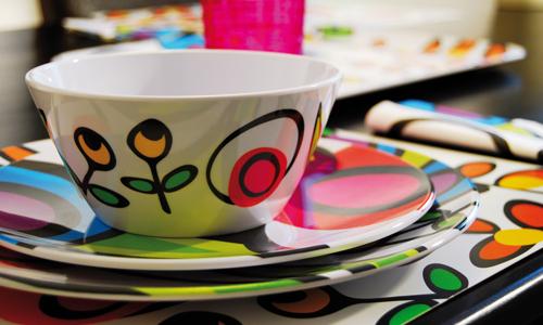 Muebles y decoraci n de interiores vajilla abre tu mesa - Vajillas cuadradas modernas ...