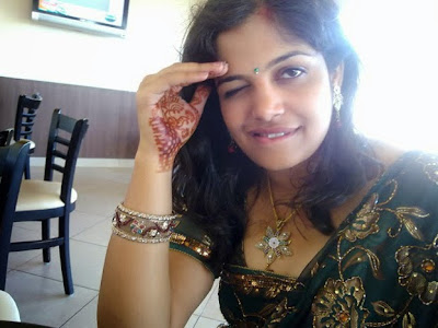 Desi Indian Aunty Nude Photo Album