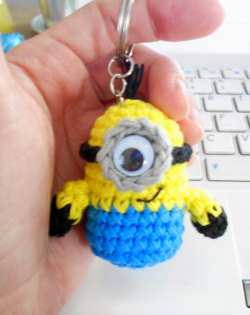 Amigurumi Minion Patron Gratis : Firefly Crochet: Crochet Amigurumi minions