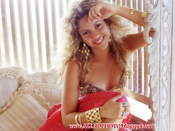 Shakira Beauty Full Smile And Cute Picx Shakira Hot 3D Photos Shakira Sexy Style Shakira Sex Shakira 2013 Songs And Pictures  Shakira New Hot 2013 Wallpapers Shakira Sexy Videos And Wallpapers Of 2013
