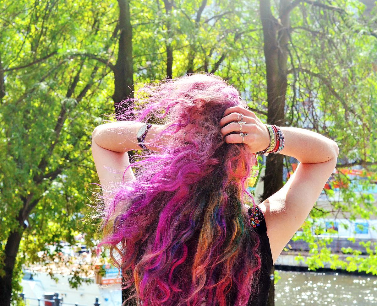 rainbow pastel hair blogger stephi lareine