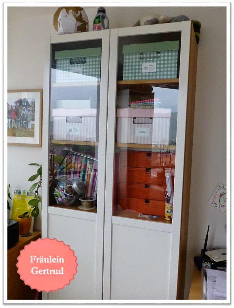 fr ulein gertrud endlich ordnung im n hzimmer. Black Bedroom Furniture Sets. Home Design Ideas