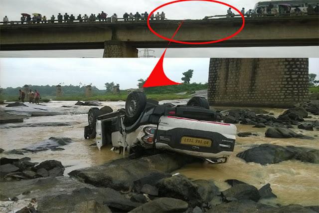 Accident-in-Jharkhand-scorpio-झारखंड  के खूंटी में तेज रफ्तार स्कार्पियो कार पुल की बाउंड्री तोड़ नदी में गिरी, 7 की मौत