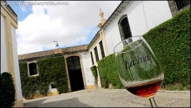 Bodegas-Lustao-Jerez_1