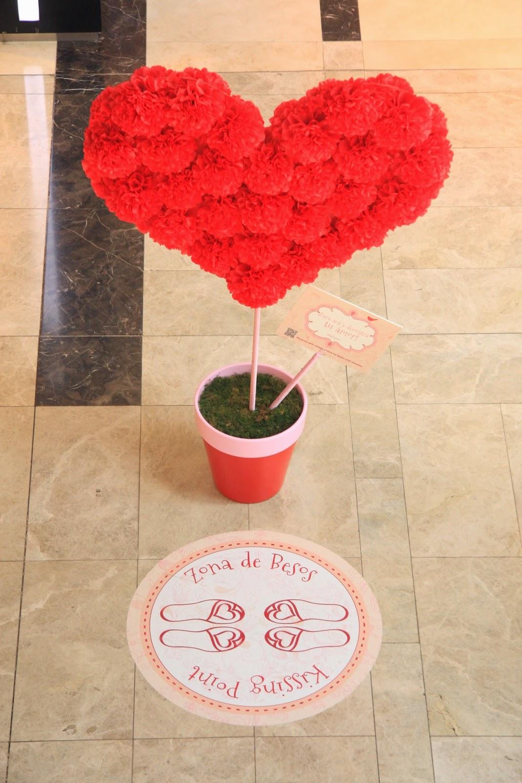 corazón - flores pompon - dot baires shopping