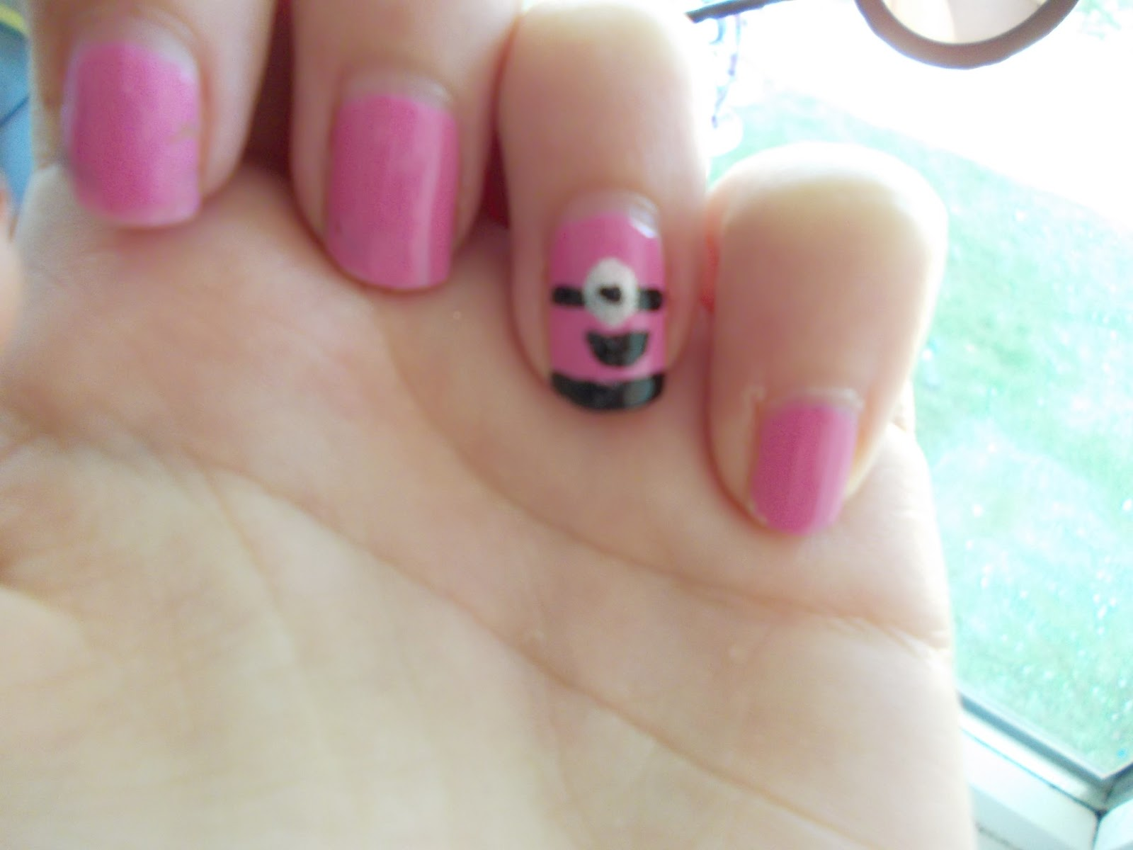 Her Heart Is In Paris Minion Nail Art 2 Despicable Me 2
