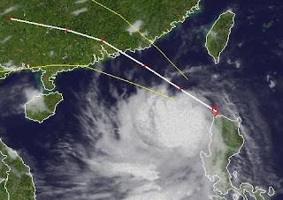 Noch-Nicht-Taifun KAI-TAK (HELEN) weiter auf Abwegen, Kai-Tak, Helen, Taifunsaison 2012, Philippinen, China, Hongkong, Satellitenbild Satellitenbilder, aktuell, Vorhersage Forecast Prognose, August, 2012,
