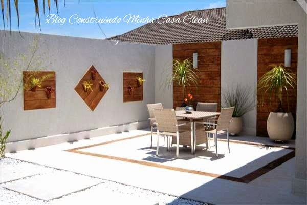 Construindo minha casa clean deck de madeira na parede for Material piscina barato