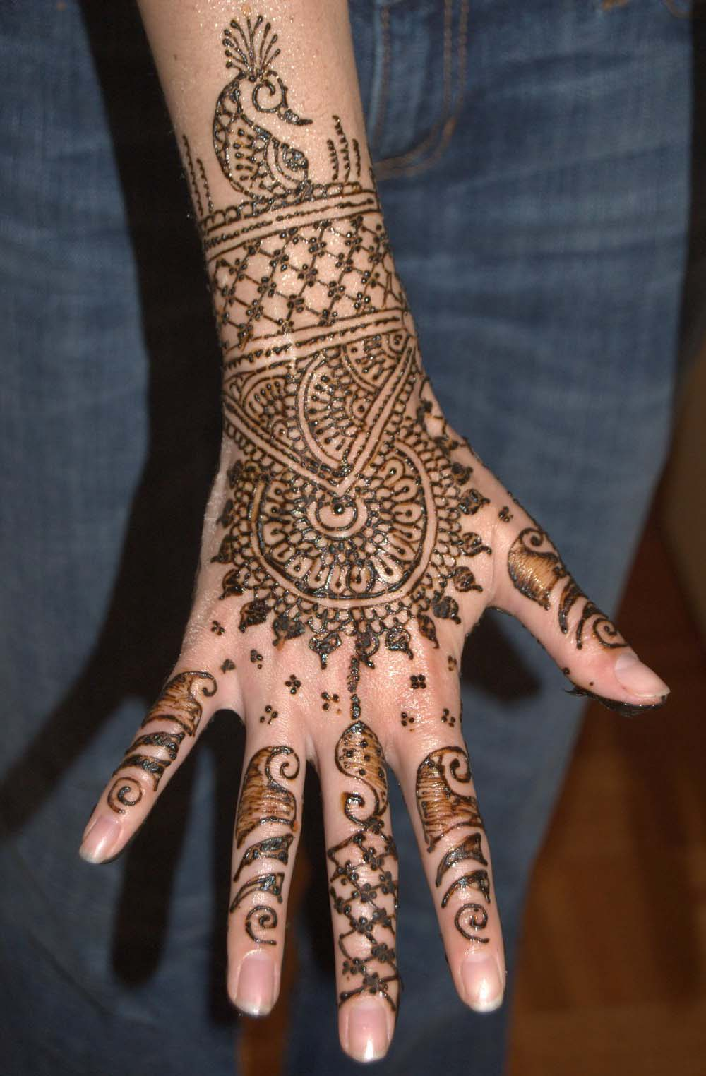 Mehandi Designs For Hand Say 24