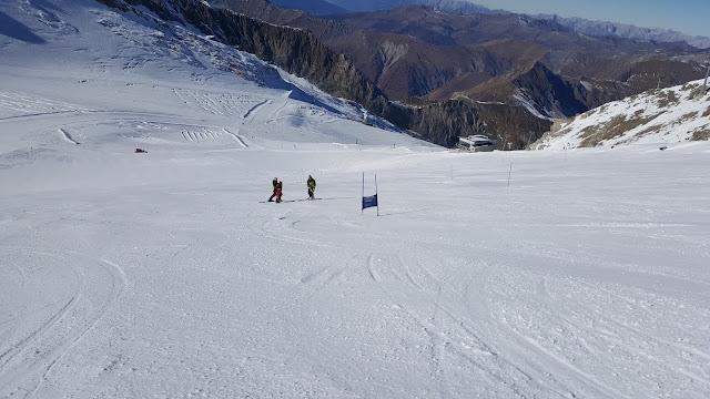 Инструктор по горным лыжам Хинтертукс Hintetux Mayrhofen