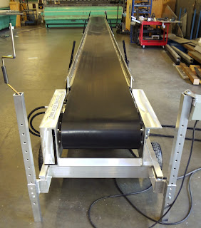 "20"" wide Hydraulic Conveyor"