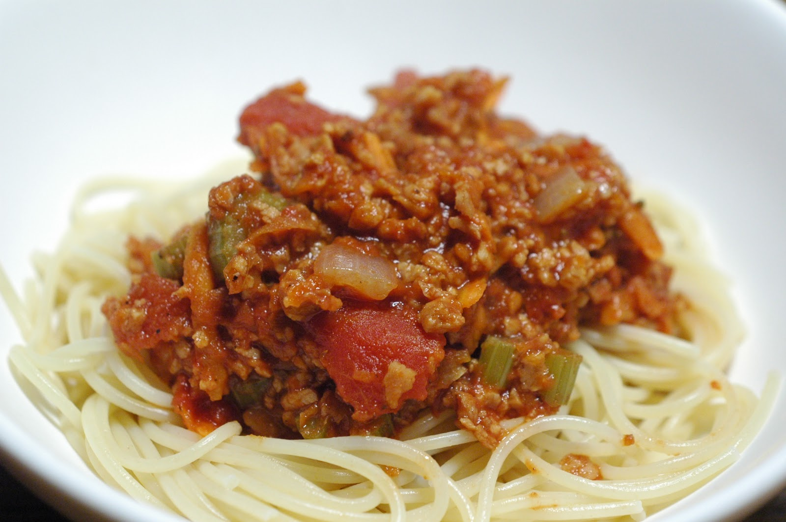 The Everyday Vegetarian: The best vegan spaghetti bolognese ever