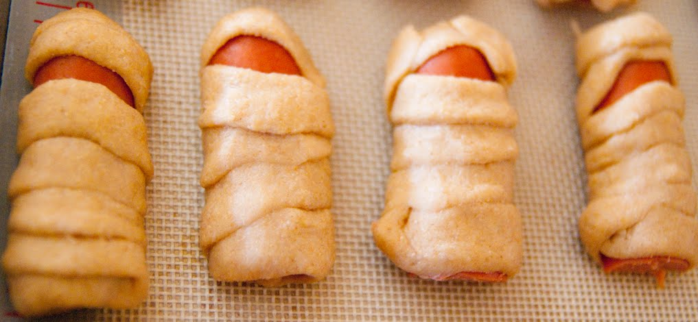 Whole Wheat Pigs In A Blanket With Cheddar Recipes — Dishmaps