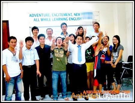 thầy gia 2010 tại 1 trung tâm anh ngữ