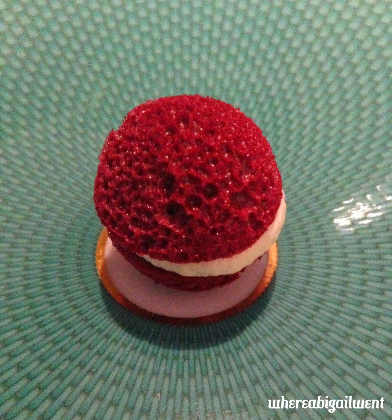 Aerated Beetroot with Horseradish Cream at the Fat Duck