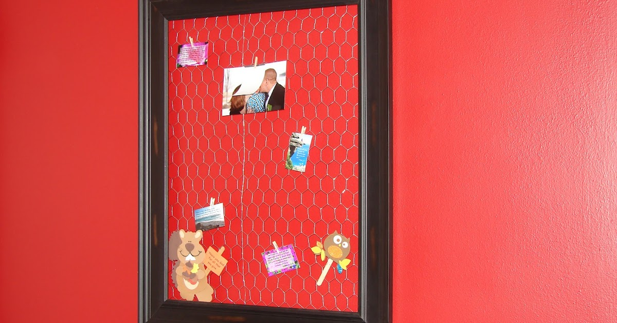Chasing Chalk: Chicken Wire Display Frame