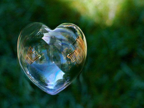 http://4.bp.blogspot.com/-N2yk9HW-GTk/Uh4E9B8euaI/AAAAAAAABHM/BWuFdiCk4_4/s1600/bubbels-cool-stuff-hearts-love-nature-Favim.com-339501.jpg