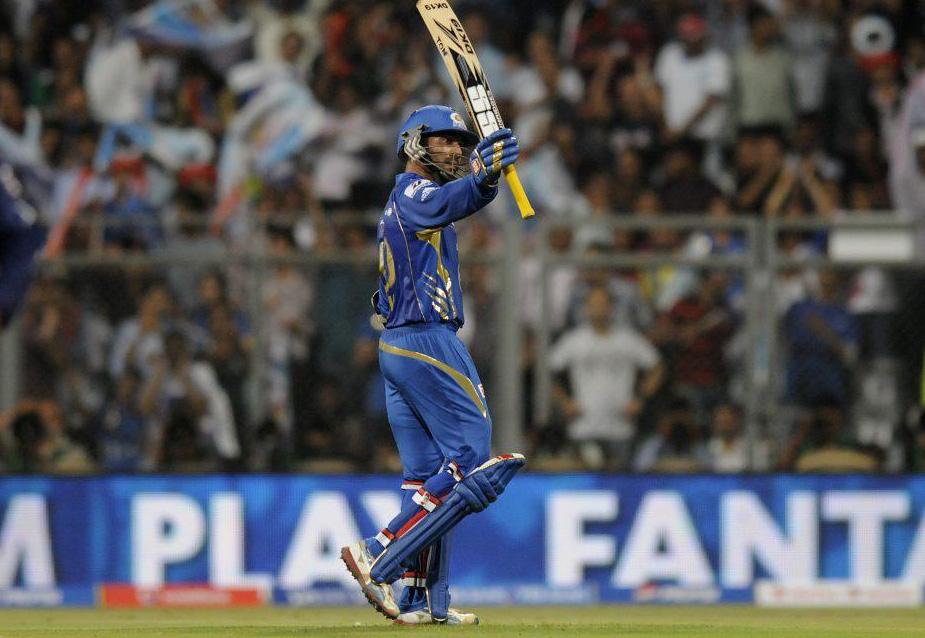 Dinesh-Karthik-Man-of-the-Match-MI-vs-DD-IPL-2013