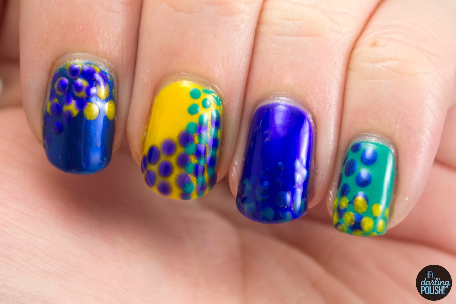nails, nail art, nail polish, polish, dots, polka dots, golden oldie thursdays, hey darling polish