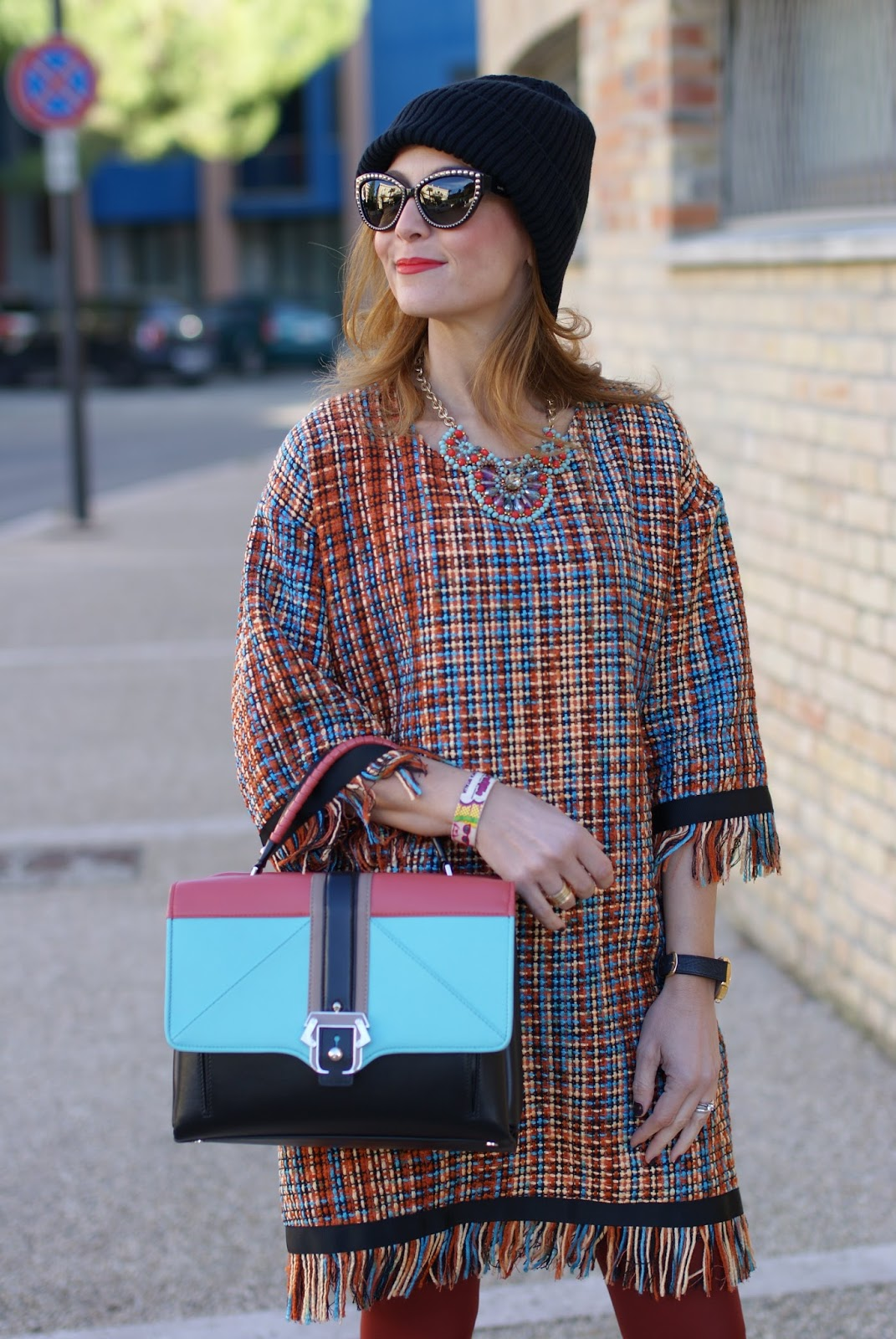 Vogos Gigi dress, Cos wool beanie and Paula Cademartori Faye bag on Fashion and Cookies fashion blog, fashion blogger style