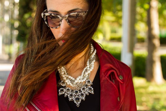 Blogger valenciana con Complementos joyas para outfits estilismos de fiestas