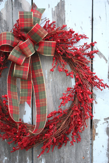 Red Berry and Plaid DIY Christmas Wreath | DIY Christmas Wreaths You Will Love