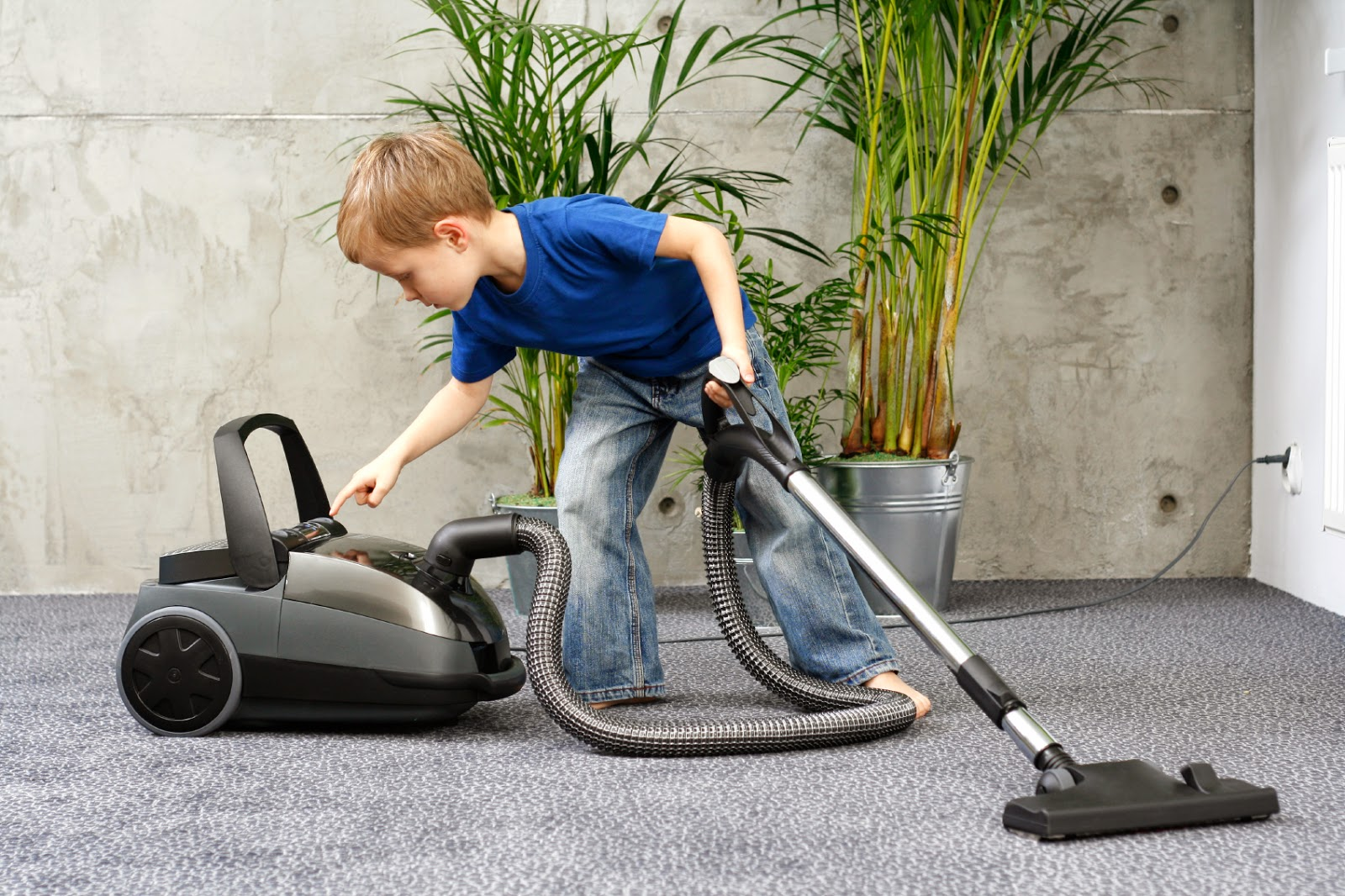 Kerja Rumah Yang Sesuai Mengikut Umur Anak Anda