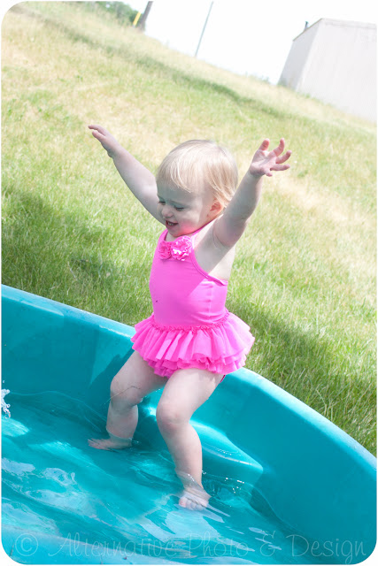 Fun in the Sun | Children Photographer Janesville, WI