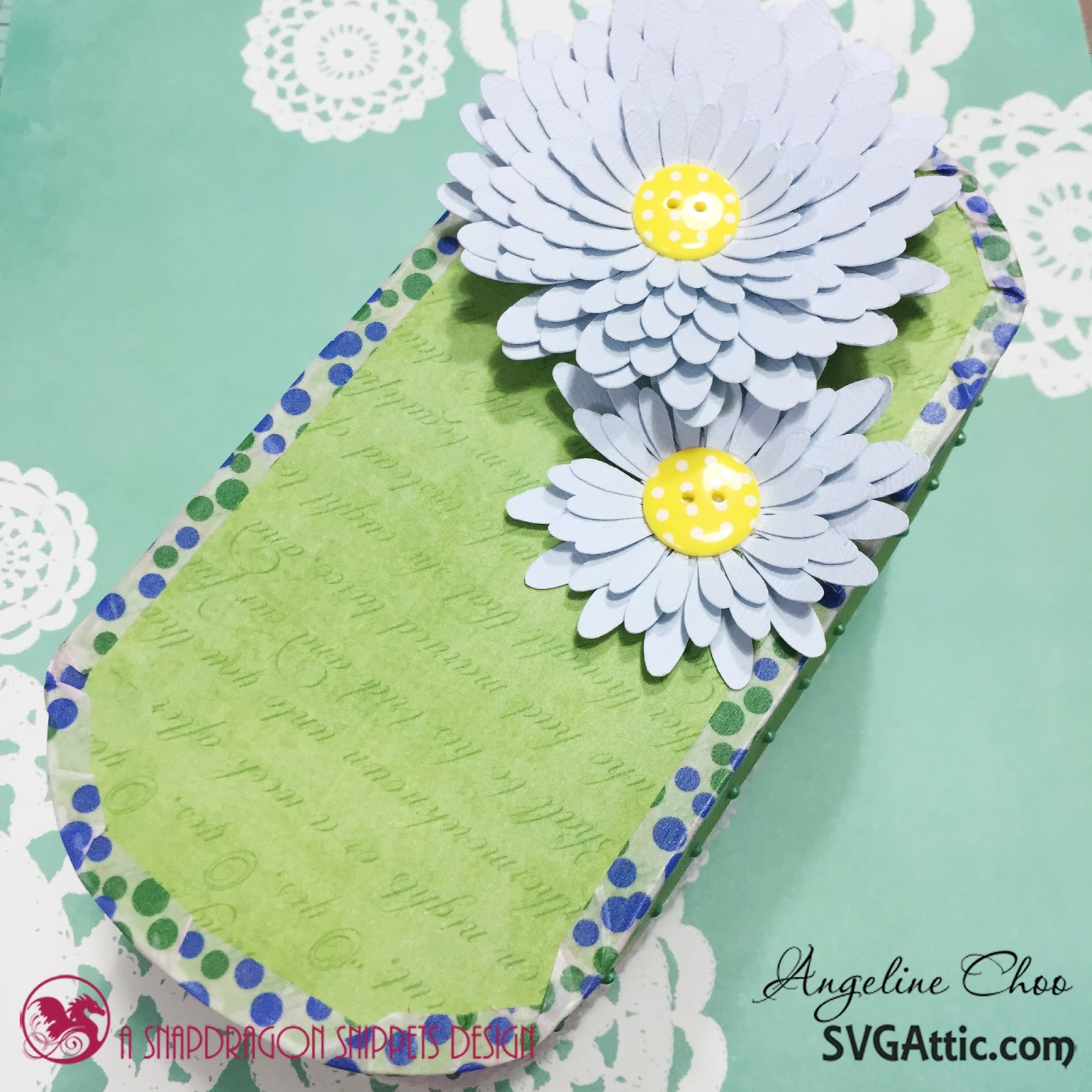 SVG Attic: Flower box with Angeline Choo #svgattic #scrappyscrappy #giftbox #flowers