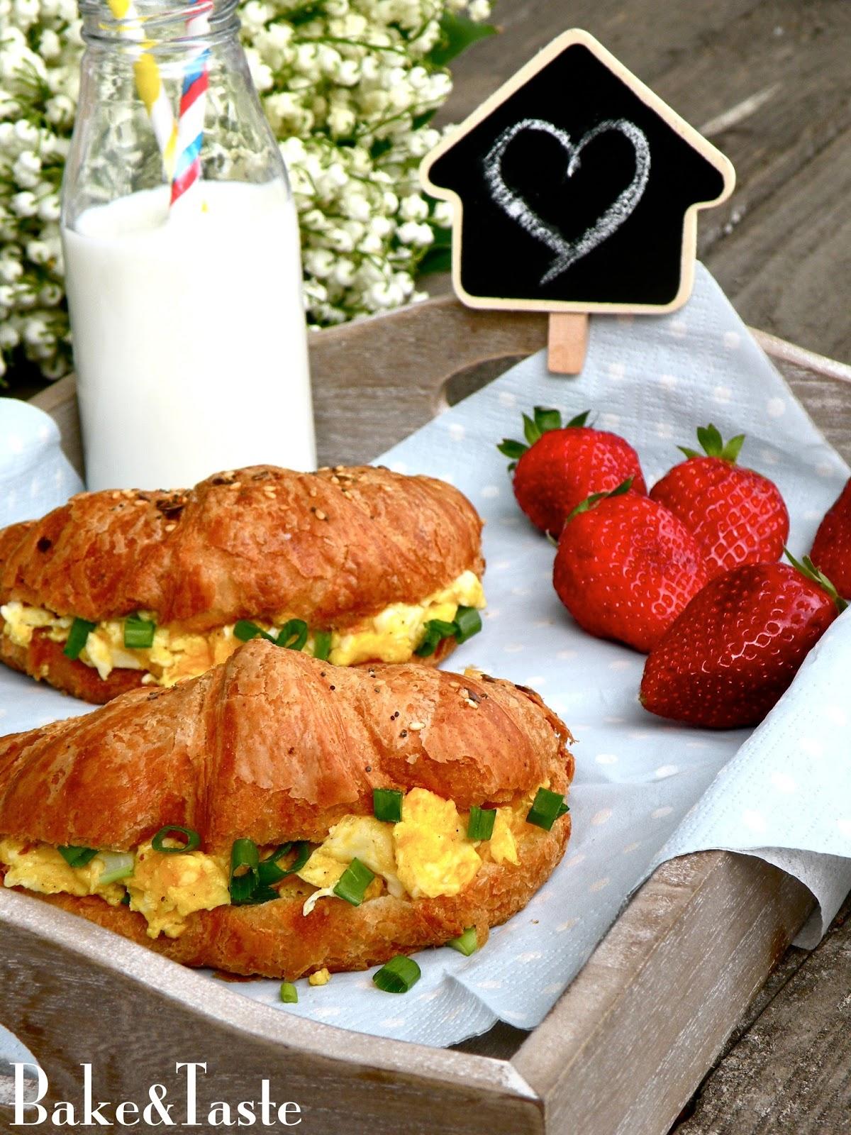 Baketaste Croissanty Z Jajecznicą