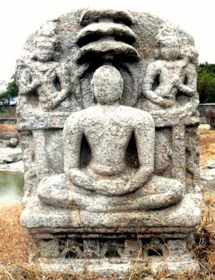 Stone idol of Mahaveer excavated from river bank