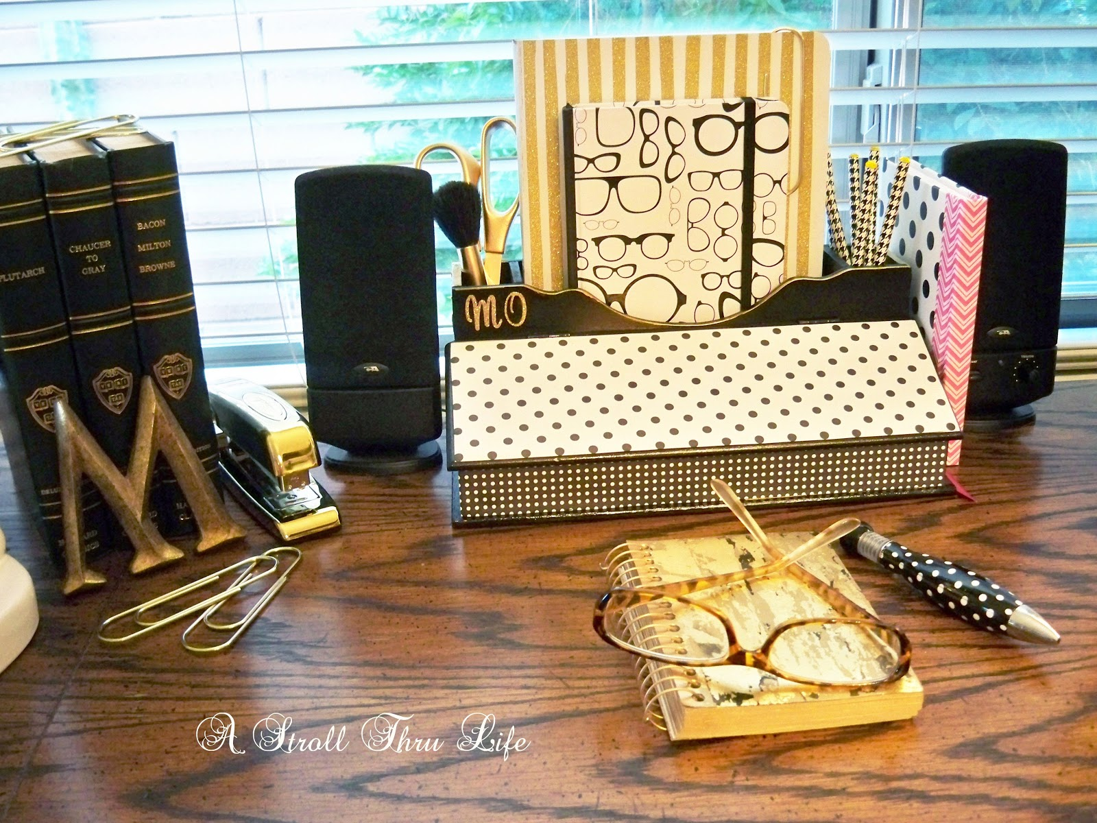 Epic I sprayed the desk organizer black then decopaged the large polka dot paper to the lid and the small dots on the bottom edge