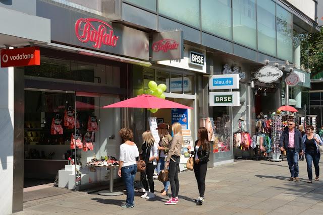 Königstrasse Stuttgart shopping Buffalo