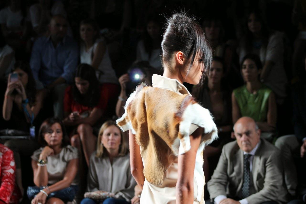 Etxeberria, Topacio Fresh, Desfile, MBFW Madrid 14, Moda, Street Style, Fashion Style, Blog de Moda, Carmen Hummer, Look, cool