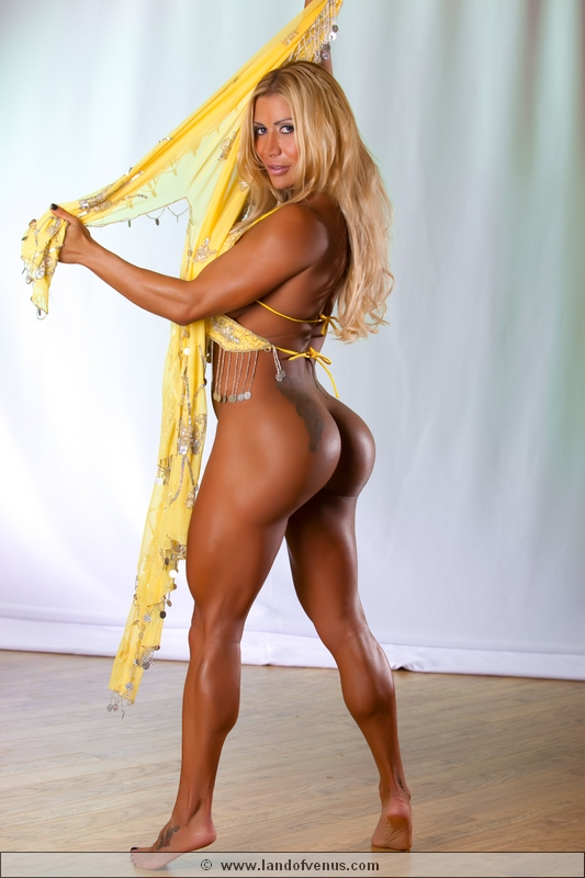 bodybuilder female booty nude