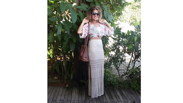 Meninas de Deus, To super empolgada co o look de hoje, por conta que fiz algo bem legal e que nem eu achei que fosse dar tão certo. Sabe o kimono? caiu  no gosto da mulherada não foi? mas já pensou em usar ele de um jeito diferente? também não tinha pensado até quando me vir sem nem uma roupa legal para vestir (mulher nunca tem roupa, mesmo que o guarda-roupas esteja lotado) e eu queria usar kimono mas também queria usar saia longa, mais só que a combinação dos dois não dei certo de primeira, até que resolvi mudar.