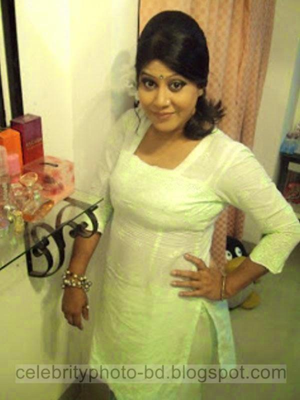Bangladeshi+TV+Actress+Elora+Gohor+Hot+Photos012