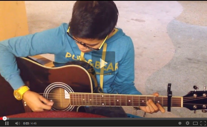http://www.zeenadzirah.my/2014/04/lirik-andai-hatiku-bersuara-cover-by.html