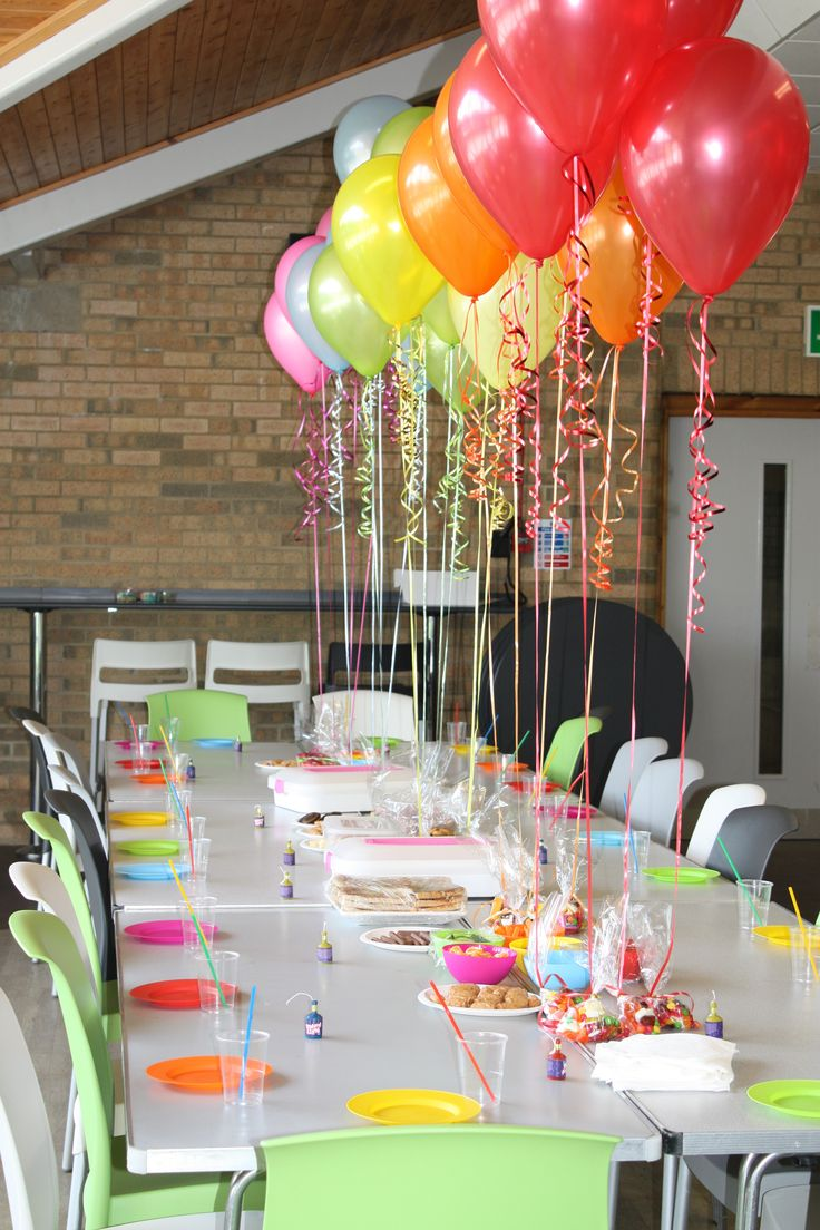 Fiesta estilo candy party una decoraci n dulce para tus for Balloon decoration ideas for kids party